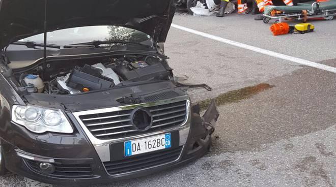 incidente auto carate urio