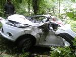 incidente barni auto fuori strada