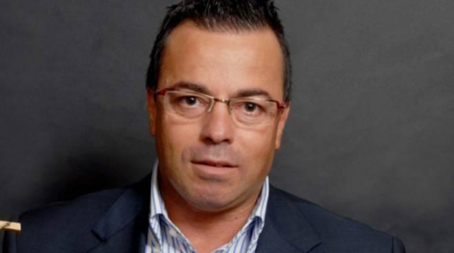 Gianluca Bonanno morto in un incidente stradale, sua moglie è in ospedale