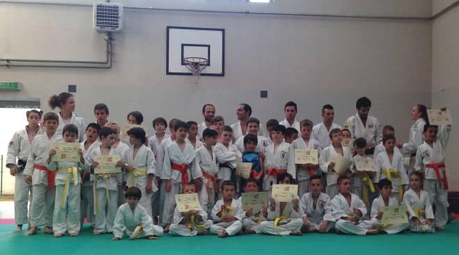 Judo: Mon Club in festa. Diplomi e nuove cinture. Lario scuola di judo e Mon Club in partenza per Livigno