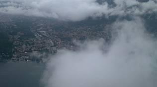 como da alto con nuvole