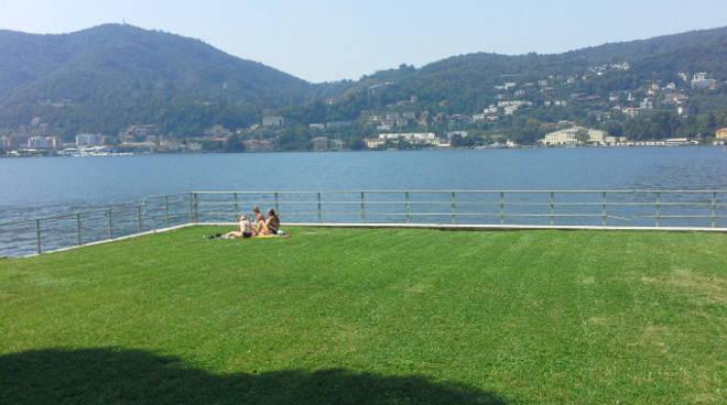 caldo a como turisti lago