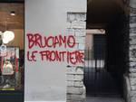 scritte no border