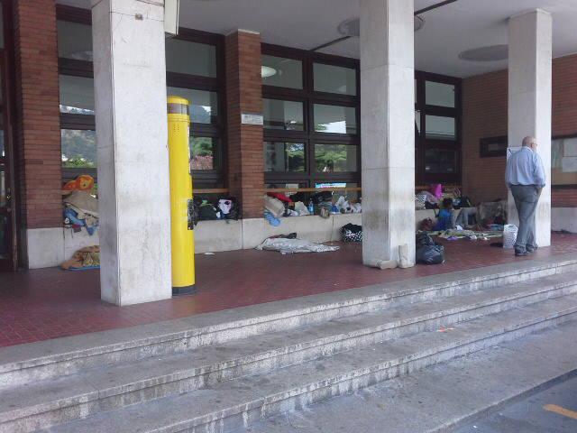 stazione como campo profughi