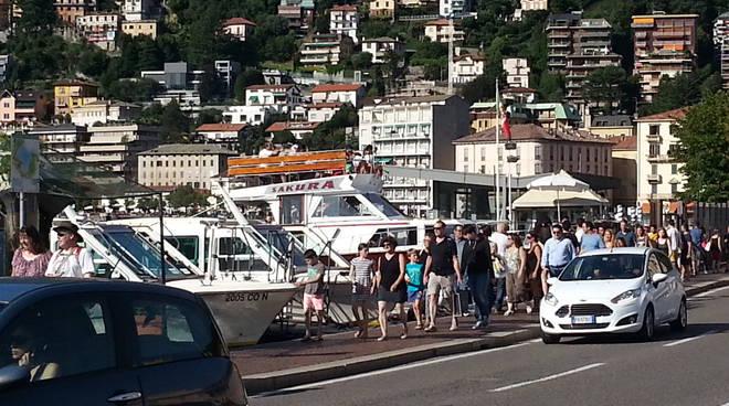 turisti a como estate 2016