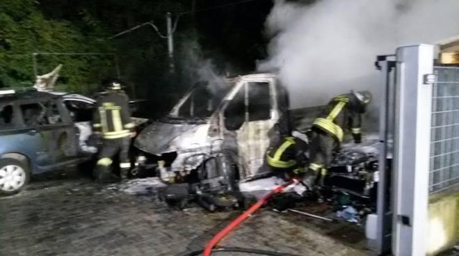 incendio carrozzeria di cavallasca