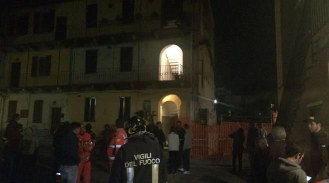 palazzina evacuata da pompieri bulgarograsso