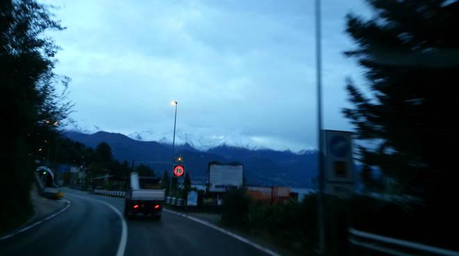 prima neve montagne alto lago,