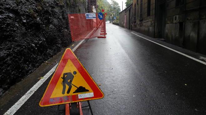 Riapre su una corsia la via Bixio a Como