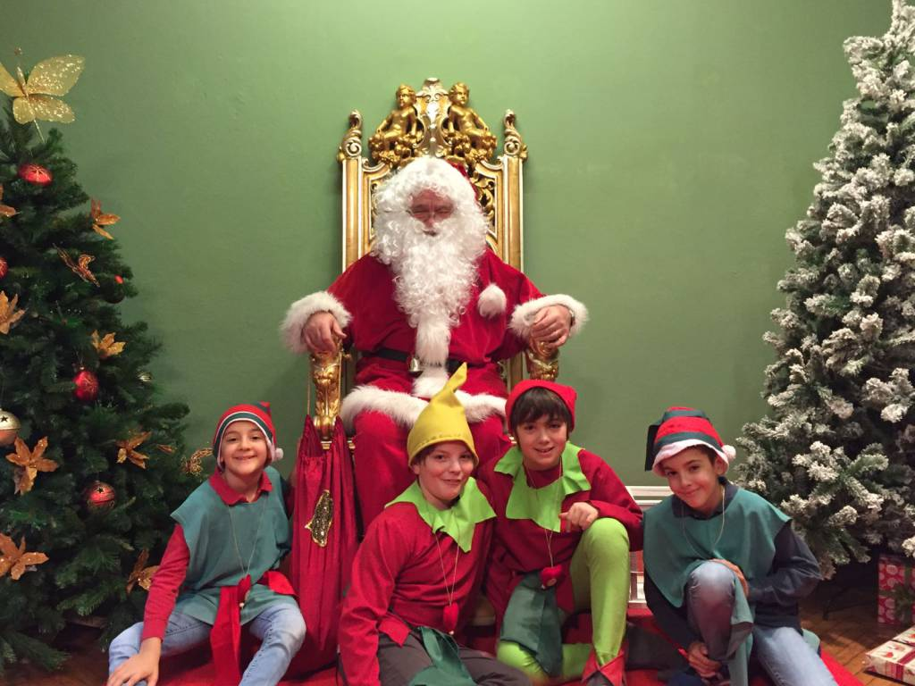 Immagini Di Natale Di Babbo Natale.A Cantu Aperta La Casa Di Babbo Natale Ciao Como