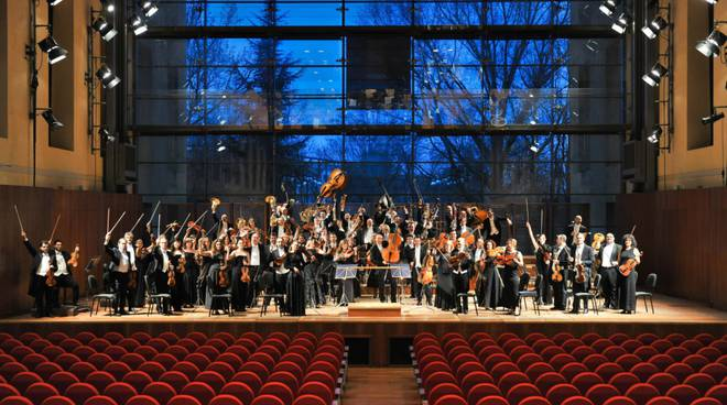 concerto sinfonica toscanini teatro sociale
