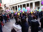 folla per arrivo a como nuovo vescovo