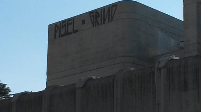 scritte tetto setificio comopulita