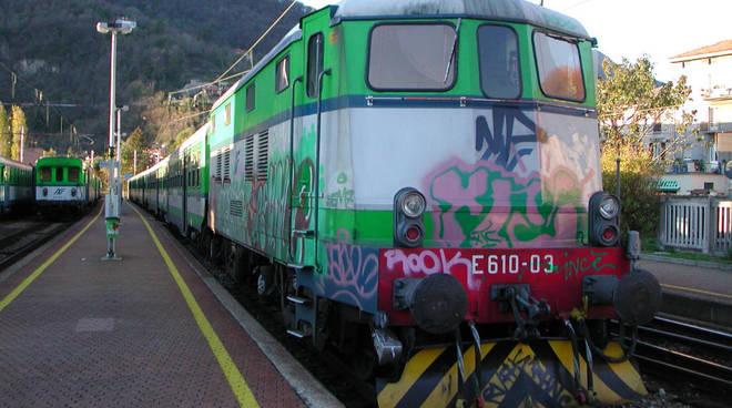 treno tratta como lecco