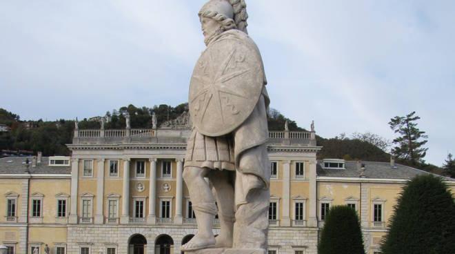 villa olmo statue ristrutturate