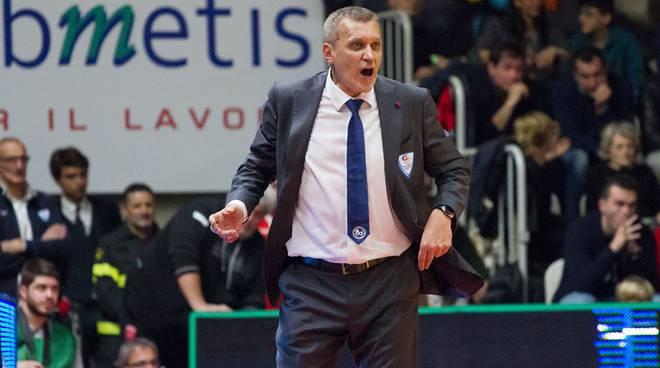 bolshakov coach di cantù