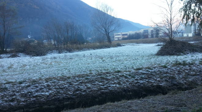 freddo e campi ghiacciati como