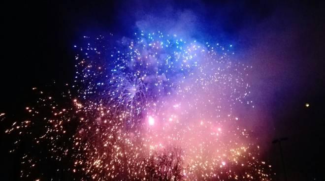 festa a como per arrivo nuovo anno