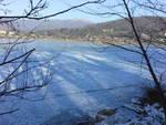 lago di montorfano ghiacciato e divieto sindaco