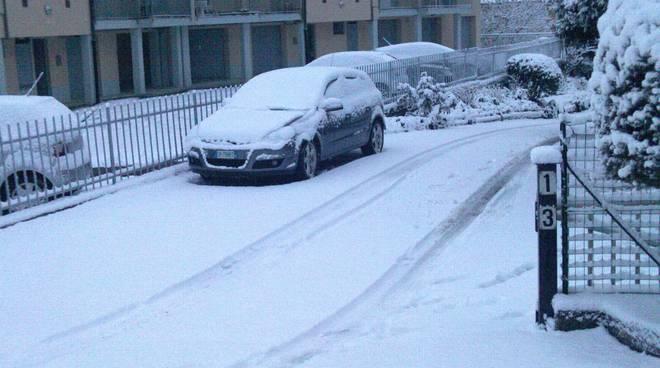 neve a como disagi e caos