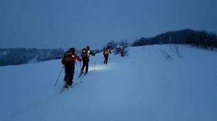 soccorso alpino lariano in abruzzo per neve e terremoto