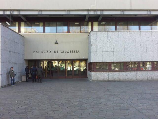 tribunale di como esterno