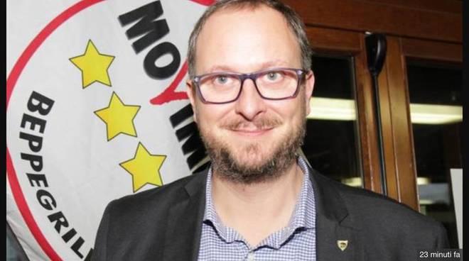 candidato sindaco 5 stelle per como aleotti