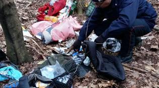 carabiniere controllo nel bosco per spaccio di droga