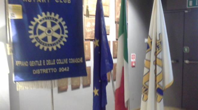 Lezione di CiaoComo sul mondo web al Rotary di Appiano