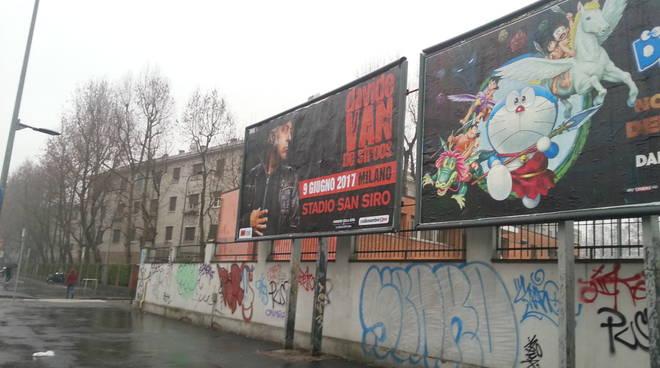 maxi poster de sfroos a milano