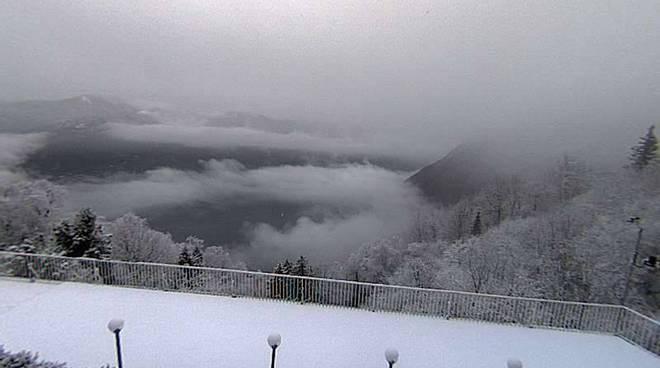 neve oggi a brunate e sormano