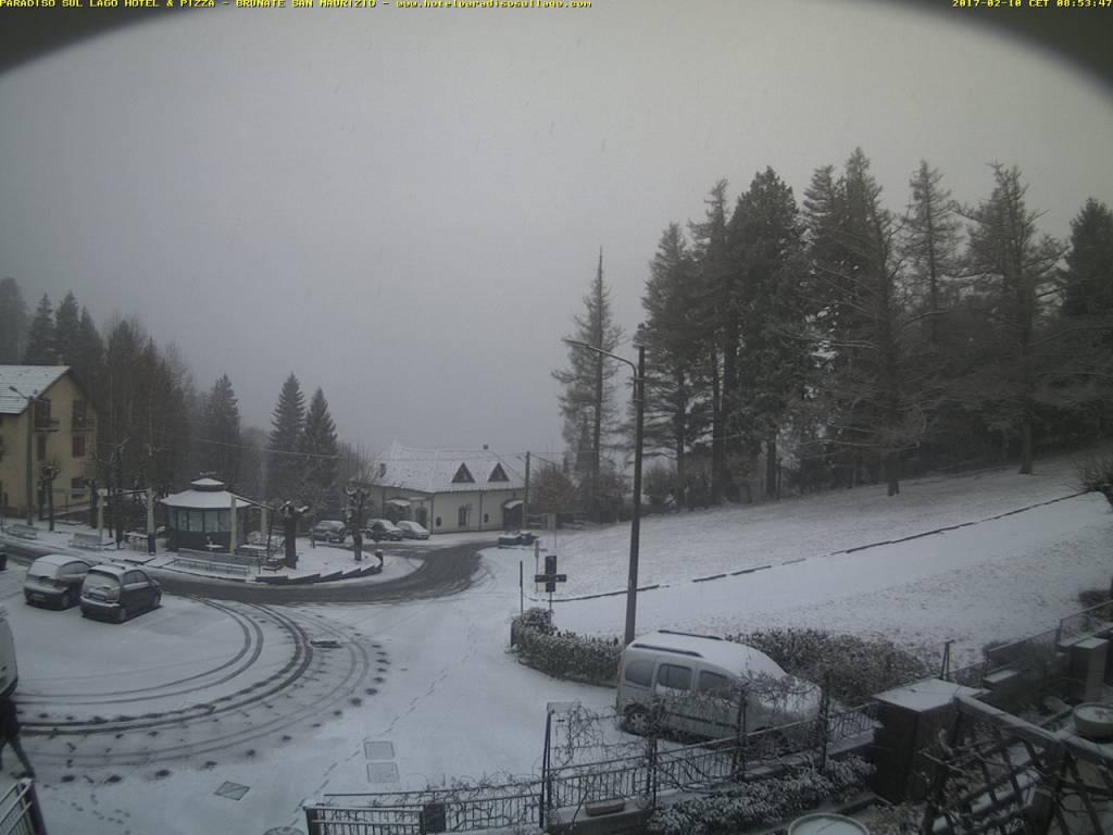 pioggia a como, neve in provincia
