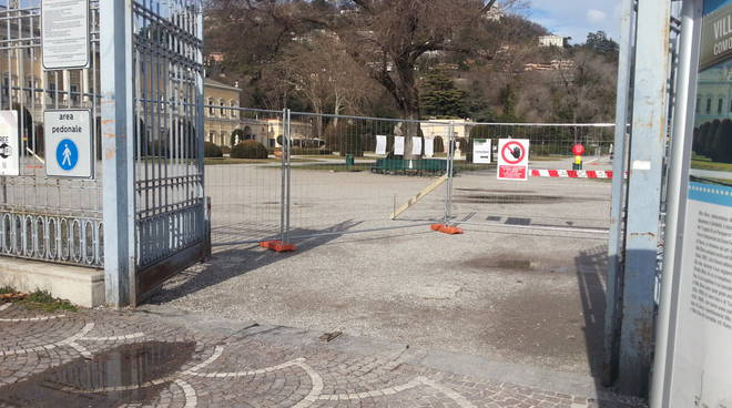 villa olmo cantiere lavori recinzione