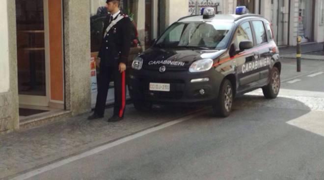 carabinieri lurate caccivio rapina pizzeria