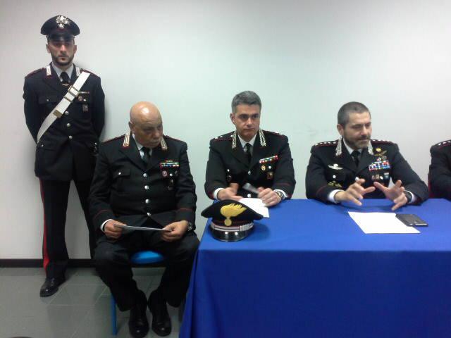 conferenza stampa carabinieri delitto di asso