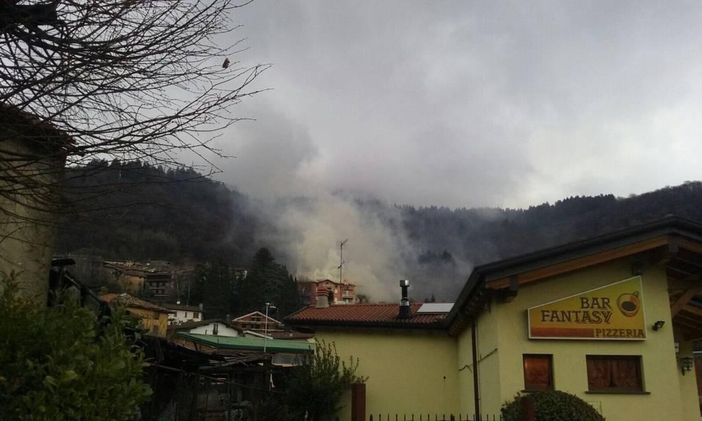 incendio palazzina di Sormano in via Lavello