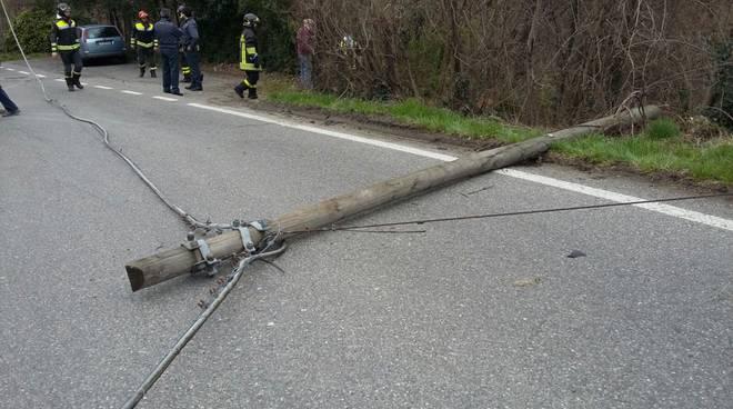 incidente faloppio auto nella scarpata