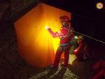 Moltrasio, escursionista recuperato da una grotta
