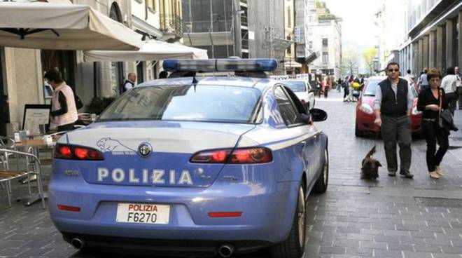 auto polizia centro como