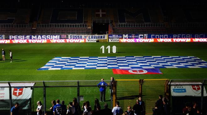 La festa dei tifosi al Sinigaglia per i 110 anni del Como