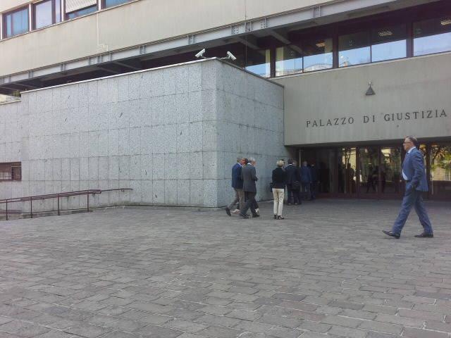 Lucini e Bruni in aula per il processo alle paratie