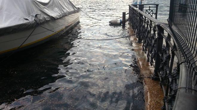 Tanti temporali, cresce il livello del lago di Como