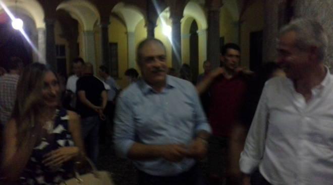 arrivo sindaco di como landriscina dopo ballottaggio