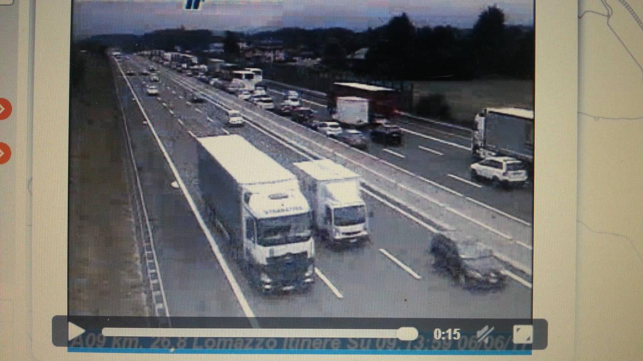 Autostrada A9 invasa dai tir dopo la Pentecoste in Svizzera