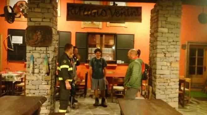escursionisti recuoerati a menaggio dai pompieri rifugio venini