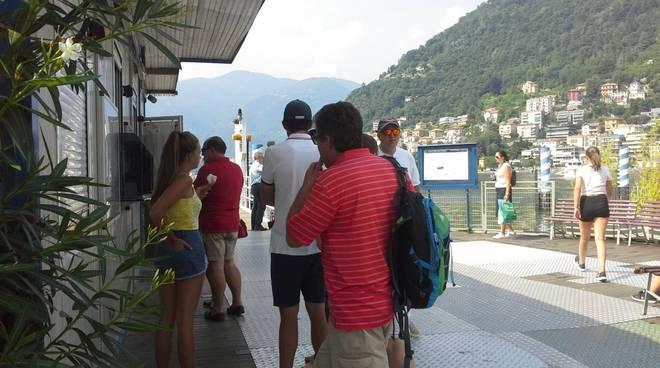 Caldo e afa, turisti e comaschi affollano i lidi cittadini