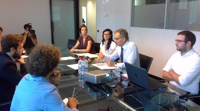 youth bank 2017 conferenza stampa con Giacomo Castiglioni