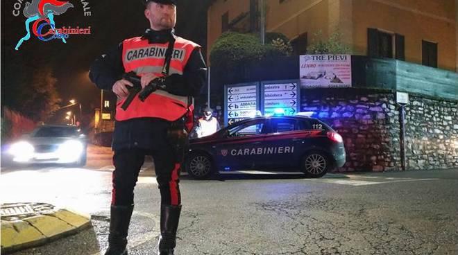 carabinieri di menaggio generica per controlli ed arresto