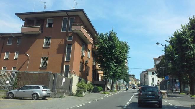 caserma carabinieri cantù