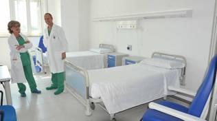 medici in reparto ospedale cantù